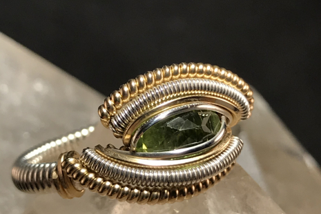 "Peridot Silver w/ 14kt Gold ""Mini"" Ring SIZE 6.5"