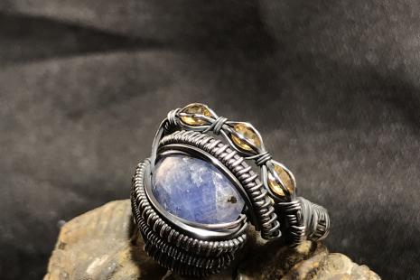 "Tanzanite ""Trinity Series"" Silver Ring SIZE 8"