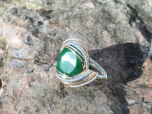 Faceted Emerald Silver w/ Gold Ring SIZE 7